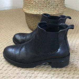 Urban Outfitters Chelsea Bootie